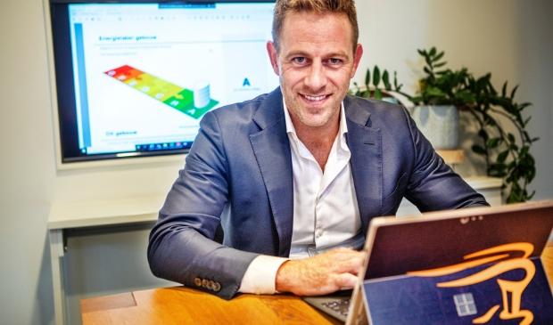 <p>Sander Caldenhove: &quot;Ondernemers wijs ik nu ook op het verplichte energielabel.&quot;</p>