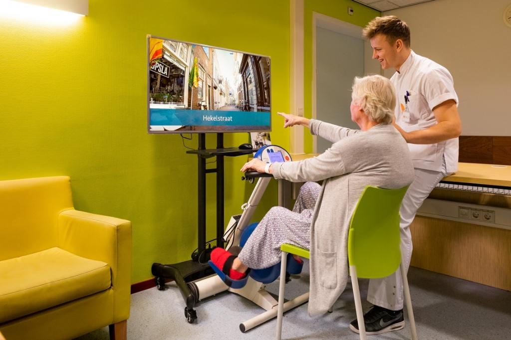 Virtuele fietstochten brengen patiënten enthousiast in beweging.  ((Foto: aangeleverd)) © rodi
