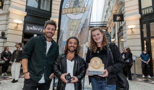 <p>De broers Ronald en Jeroen Hendriksen vormen samen Cookhouse. Zij wonnen zondag The Chuck Deely Award 2021 voor de beste act.&nbsp;</p>