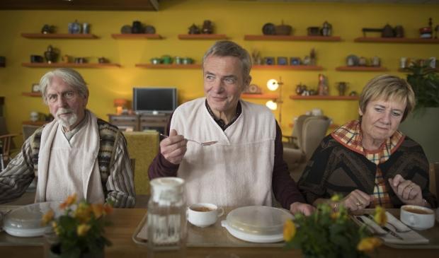 <p>Herman Finkers schittert in zijn filmdebuut De Beentjes van Sint-Hildegard. </p>
