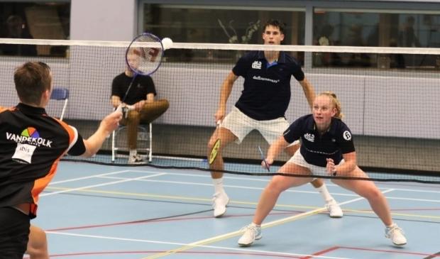 <p>Charissa Kuiper en Gijs Duijs in actie voor DKC.&nbsp;</p>