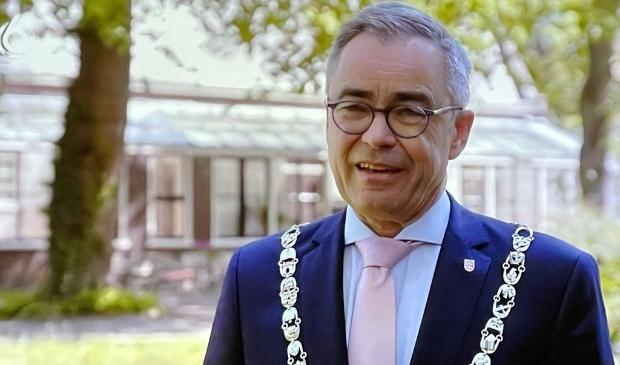 <p>Burgemeester Wienen.</p>