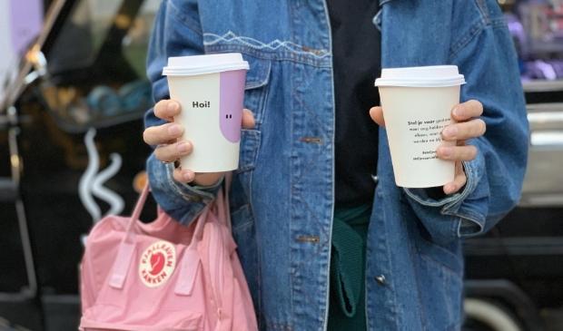 <p>Twee gratis kopjes koffie: voor jezelf en voor een ander.</p>
