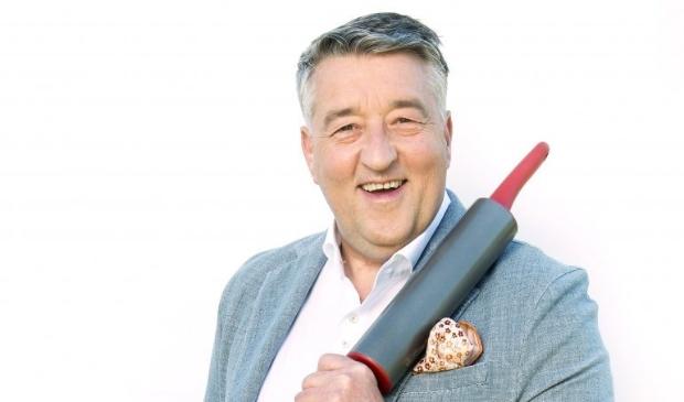 Meesterbakker Robèrt van Beckhoven komt naar Dijk en Waard om de baksels te beoordelen.
