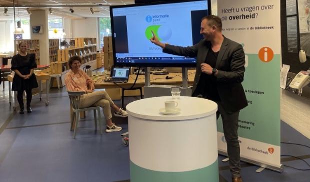 <p>Wethouder Samir Bashara opende het tiende Informatiepunt Digitale Overheid (IDO) van Westfriesland.</p>