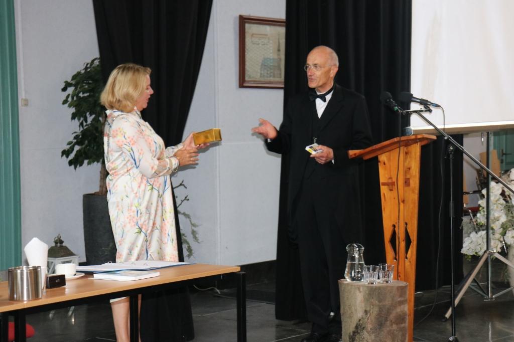 Voorzitter Jan Smit en burgemeester Bonsen. (Foto: Corrie Bos) © rodi