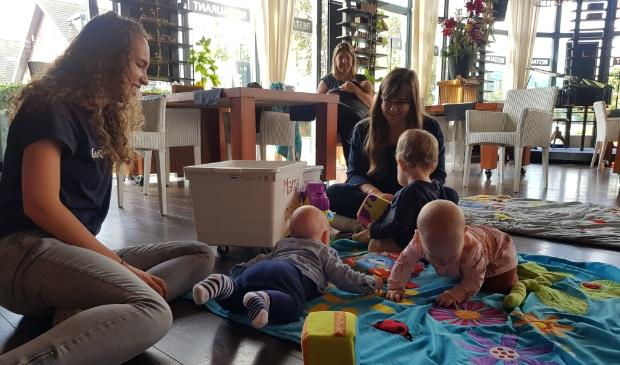 <p>Het Mamacaf&eacute; is er speciaal voor moeder (in spe) en kind.</p>