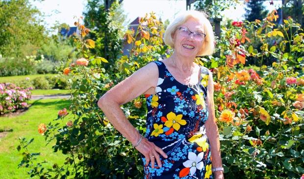 <p>Nel van Kregten-Dorrepaal (84) heeft het veel te druk voor de geraniums. Ze is co&ouml;rdinator bij KWF en bij de kerk, zit in een accordeon-duo en schreef een boek. &nbsp;</p>