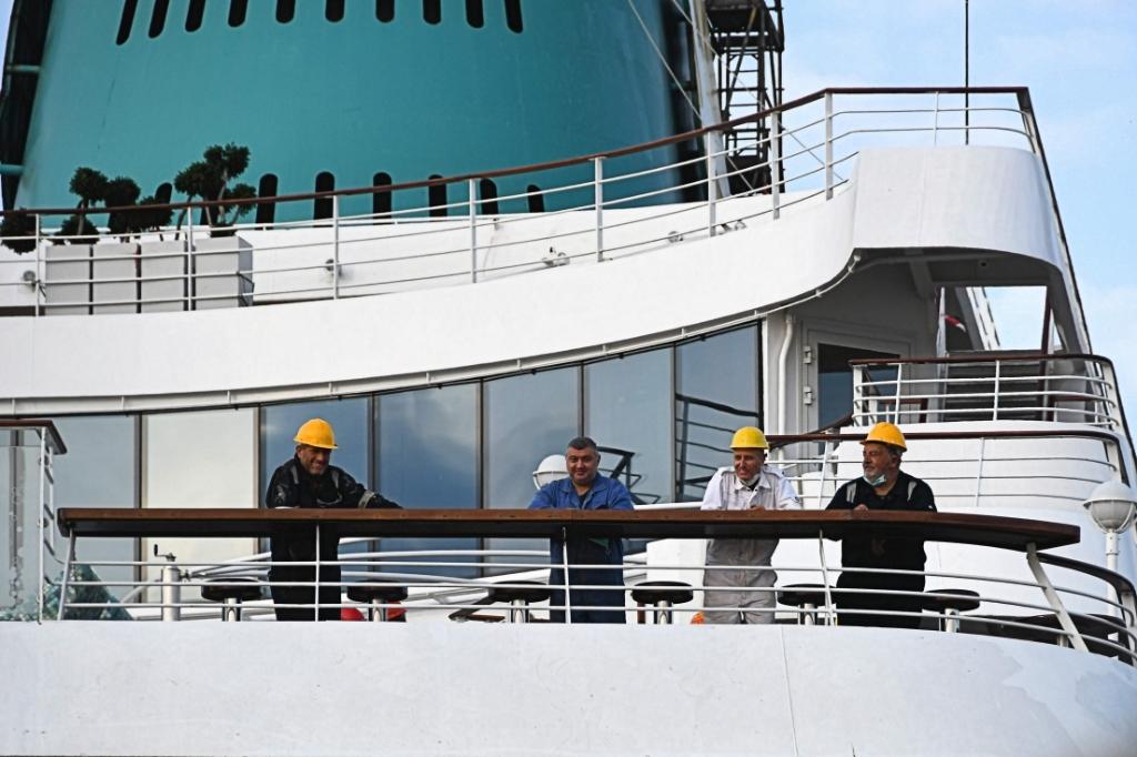 Noeste werkers in de haven. ((Foto: Dirk Karten)) © rodi
