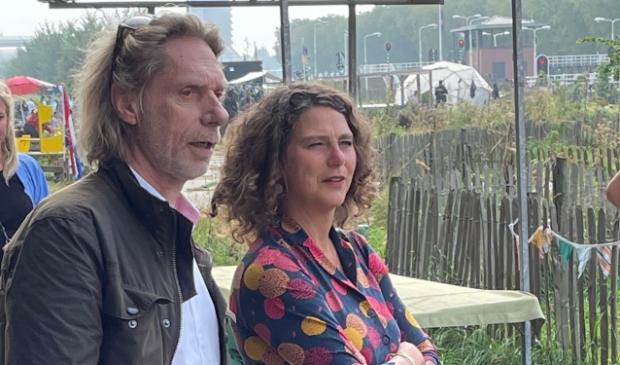 <p>Wethouder Marieke van Doorninck samen met topambtenaar Co Stor.</p>