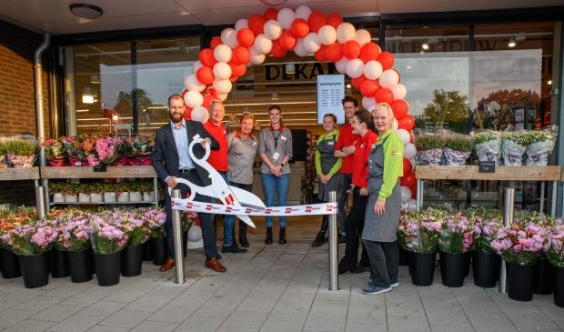 <p>Het team van DekaMarkt Waarland is klaar om u te ontvangen!</p>