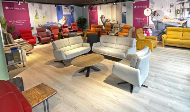 <p>Meubelzorg biedt luxe stoelen op maat, van relaxfauteuil tot sta-op-stoel.&nbsp;</p>