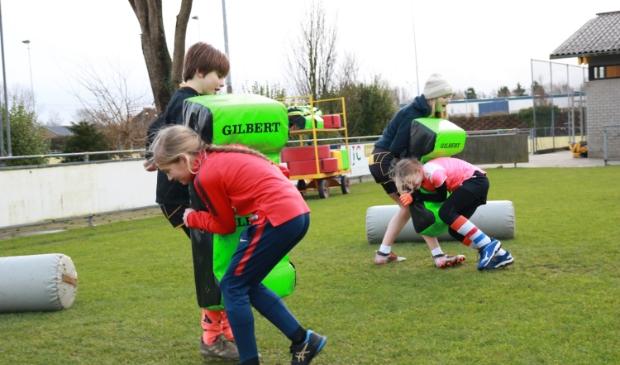 <p><strong>Met JouwSportPas kunnen zowel kinderen als volwassenen kennismaken met een sport.</strong> </p>