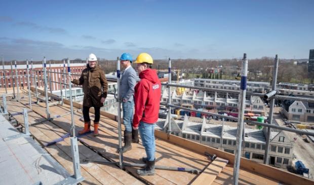 <p>Bewoners van appartementgebouw Residence William, dat april dit jaar het hoogste punt in bouw bereikte, kunnen straks ook een parkeervergunning aanvragen.&nbsp;</p>