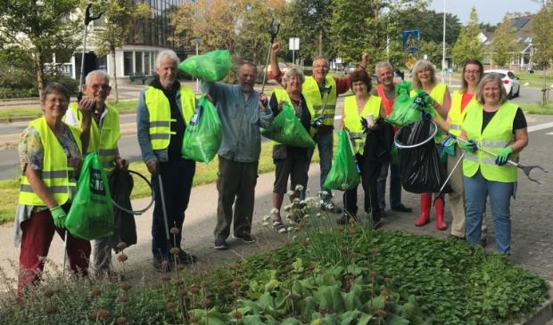 <p>Vrijwilligers werden zakkenvullers tijdens World Cleanup Day.</p>