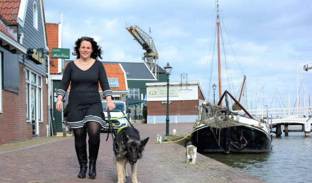 <p>Annemiek en Yoko in Monnickendam.&nbsp;</p>