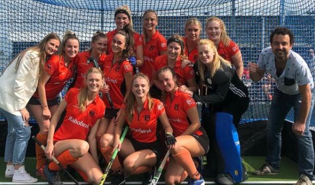 <p>Dames 1 van MHC Heerhugowaard viert de tweede competitieoverwinning op rij.</p>