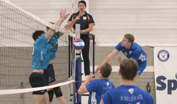 <p>Volley Tilburg heerste aan het net.</p>