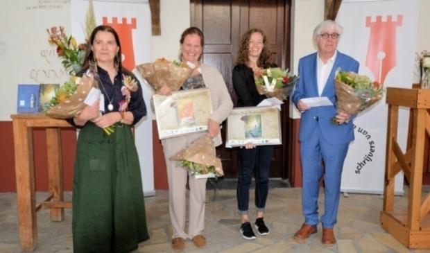 <p>Foto: Uitreiking Archeon Thea Beckmanprijs 2020 met onder andere winnaar Martine Letterie.</p>
