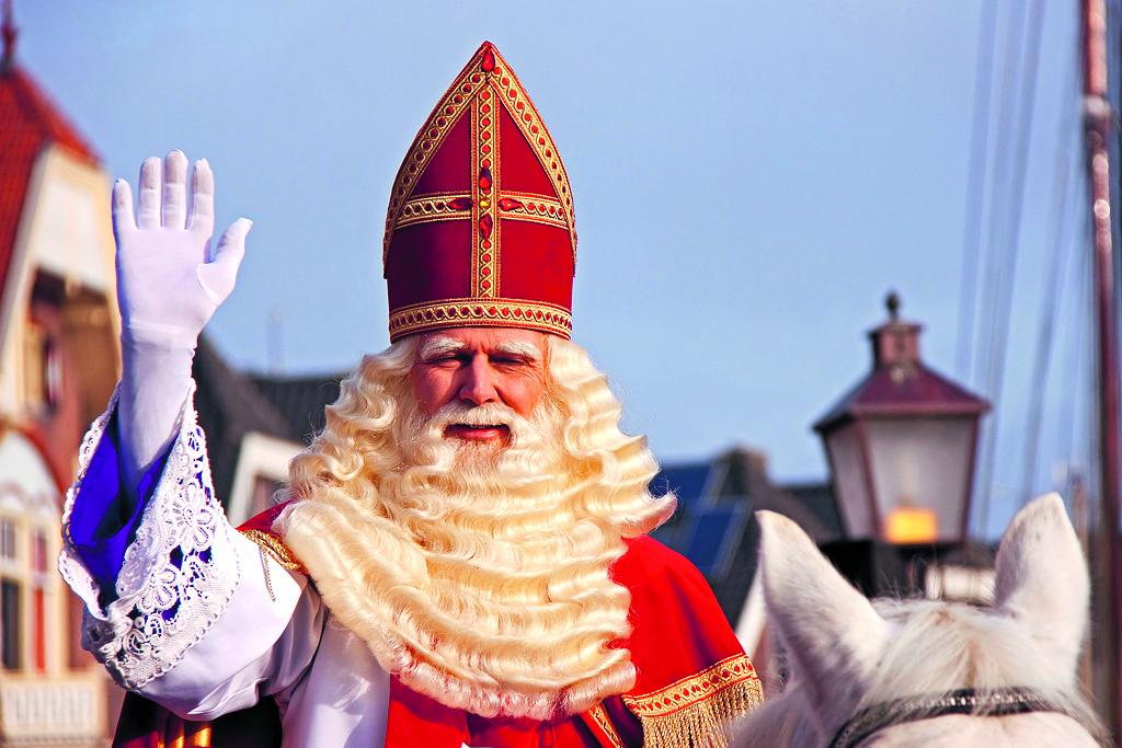 Sinterklaas zal het even zonder onze burgemeester moeten doen (Foto: Annemieke Ooms)