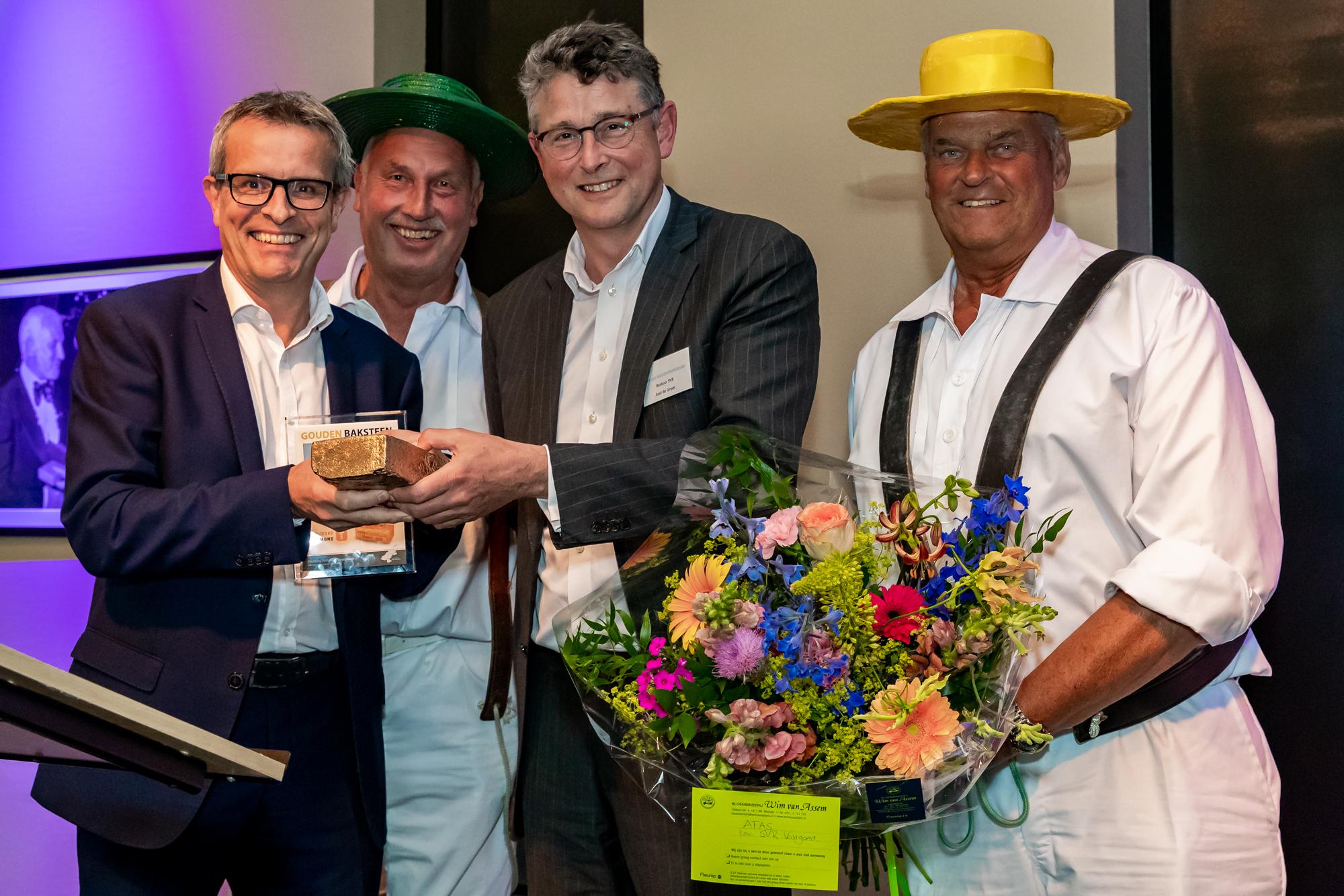 De Gouden Baksteen is donderdag 14 juni uitgereikt aan Tervoort Egmond. (Foto: aangeleverd)