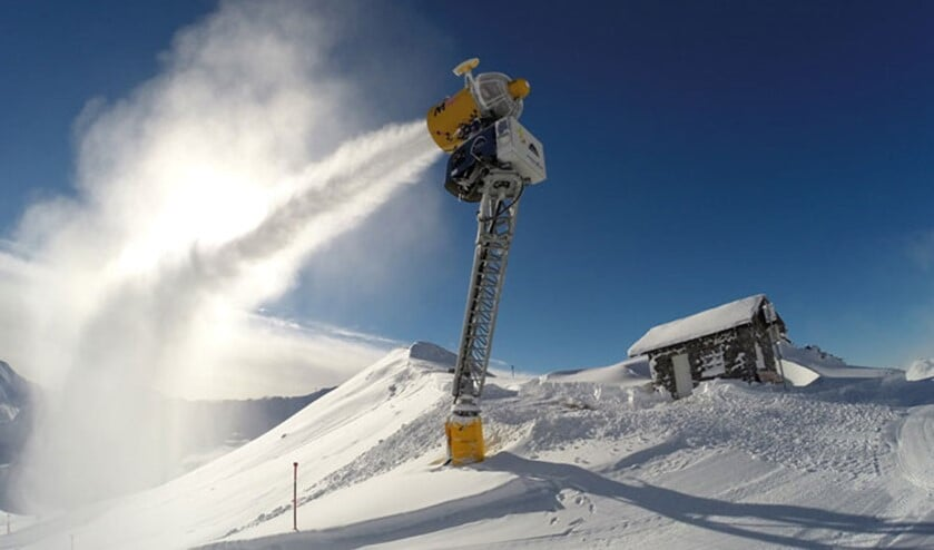 De sneeuwkanonnen draaien op volle toeren in Ischgl (Foto: ©Silvrettaseilbahn)