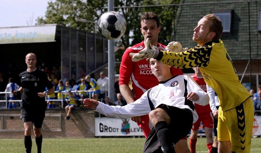 Eersteklasser Nieuwenhoorn is ingedeeld bij de tweedeklassers Full Speed uit Delft en Strijen (Archieffoto: Theo van Kralingen)