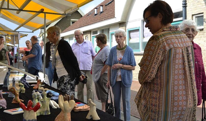 De kunstmarkt op het Noordeinde. Archieffoto: René Bakker.