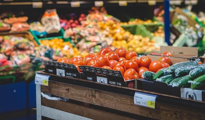 Met deze winkelacties probeert de Voedselbank een gevarieerd levensmiddelenpakket samen te stellen.