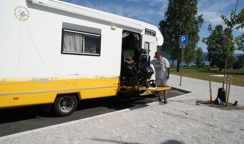 Stichting On Wheels toont komende zaterdag haar rolstoel aangepaste campers.