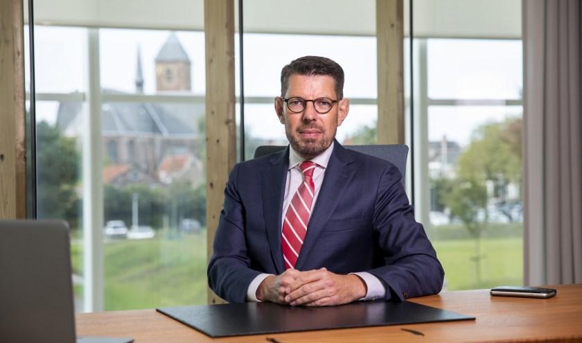 Burgemeester Arends: 'Het zijn de échte ondernemers die van de nieuwe regels profiteren'.