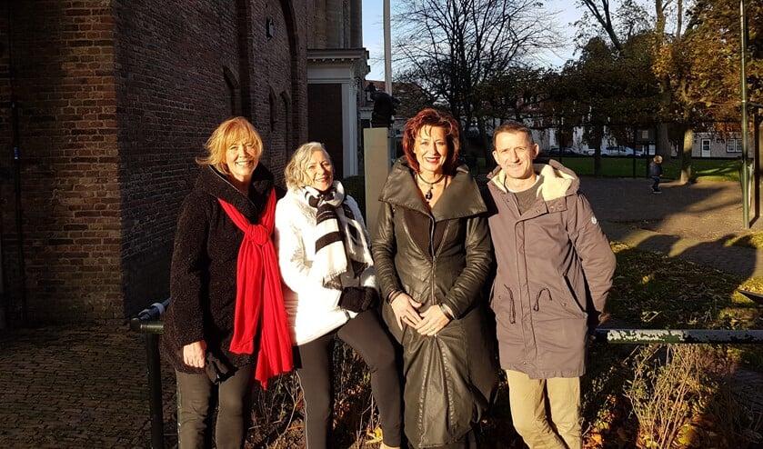 Het kerstteam van Brielle v.l.n.r.: Ellen Schenk, Kirsten Kok, Petra de Ruiter en Sven Schreuder. Niet op de foto: Petra de Heer en Bas Schoute