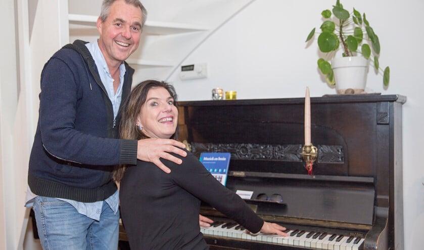 Jeroen Vermeer en Ellen Kreeft, het zingende duo MevrouwMeneer