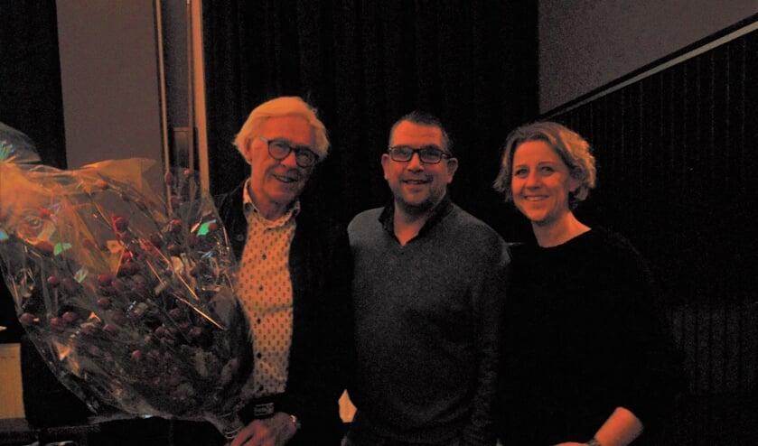 Peter Visser met Leon Jordaan en Angelique Lagerwerf. (Foto: Cora de Boed)
