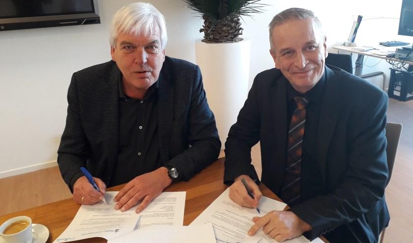 Gert Kant (voorzitter RvB Lentiz) en Ron Kooren (voorzitter CvB Albeda) tekenen voor sterk, duurzaam en innovatief onderwijs in de regio.