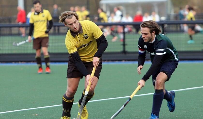 De mannen van HV Spijkenisse waren zondag met 5-3 te sterk voor DDHC. De ploeg had de punten nodig. Fotografie: Peter de Jong