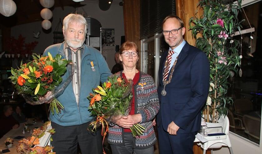 Eddy Meijer en Janneke-Trapman Meijer ontvingen afgelopen zaterdag Koninklijke onderscheidingen.