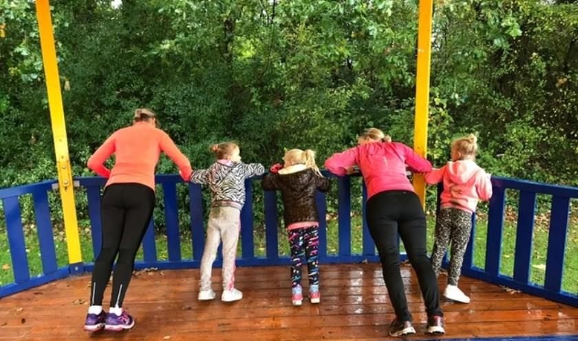 Het Prinsenbos vormde het decor voor een ouder-kind bootcamp.