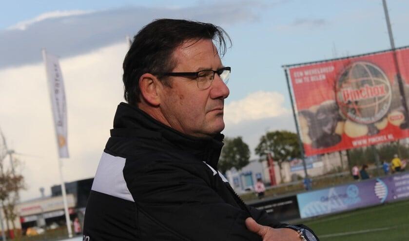 Brielle-trainer Stanley Rieborn zag afgelopen zaterdag hoe zijn ploeg zichzelf tekort deed bij Nootdorp. (Archieffoto: Wil van Balen).