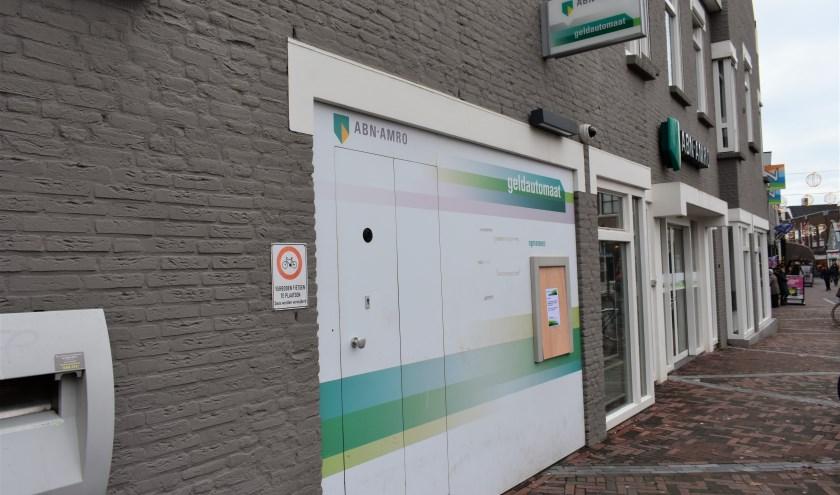 In Naaldwijk staat één van de 470 geldautomaten die ABN Amro heeft gesloten.