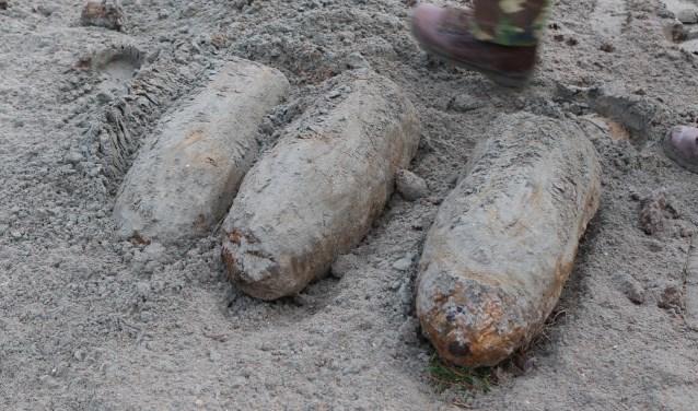 Er zijn tot nu toe vier granaten aangetroffen.  Foto:  © GrootHellevoet.nl
