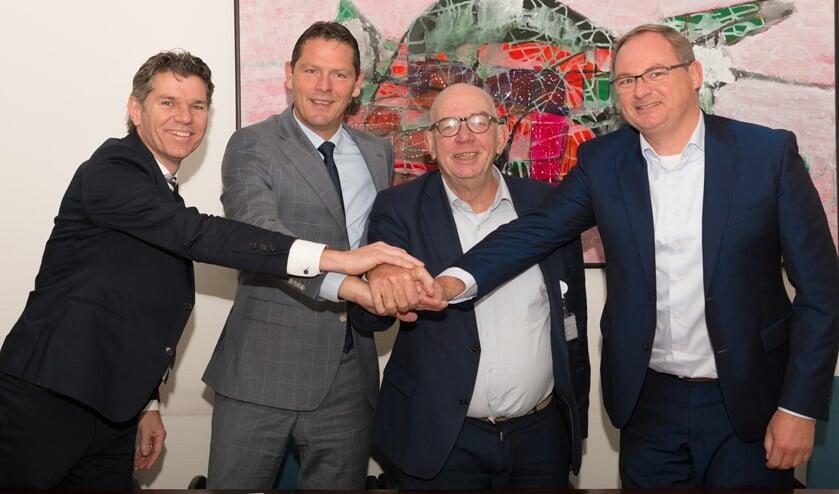 v.l.n.r. Rob Gerrits (Rabobank), Peter Langenbach (SMC), Paul van der Velden (SMC) en Caspert van der Wel (Rabobank)