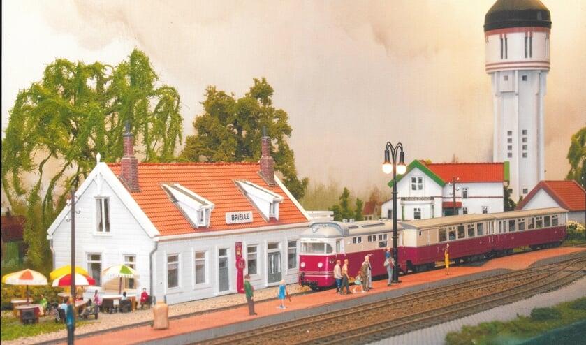Station Brielle met de markante Brielse watertoren op de achtergrond was een van de haltes van de RTM-lijn Zuid-Hollandse eilanden