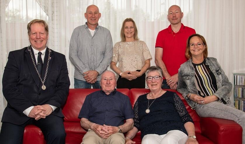 Het echtpaar Schruijer-Kerhof uit Oostvoorne was afgelopen maandag 55 jaar getrouwd. (Foto: Jos Uijtdehaage)