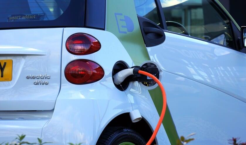 Het aantal elektrische auto's in de gemeente is toegenomen.