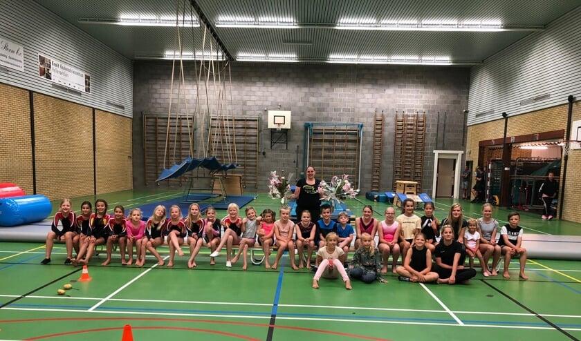 Gymnastiekclub RTC uit Rockanje nam op passende wijze afscheid van 'juf 'Sanne'.