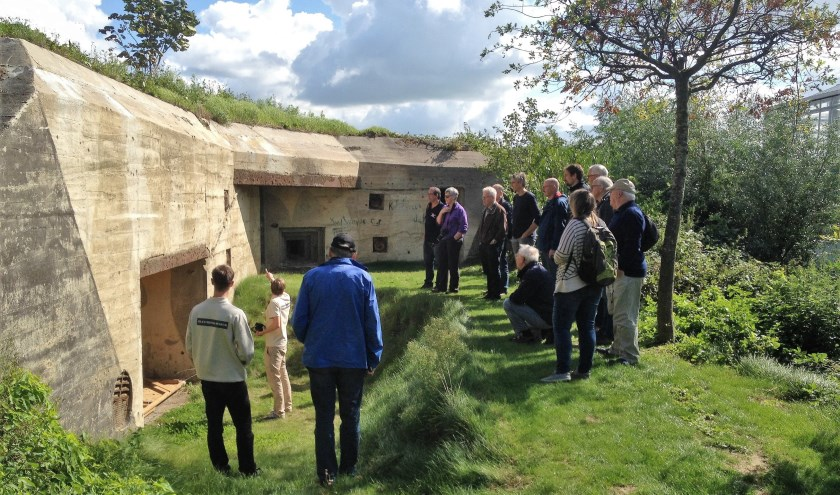 Leuk detail van de grootste geschutsbunker van het landfront: de originele camouflage is nog zichtbaar (op de foto te zien als de grote vlekken op de muur). Foto: (PR)
