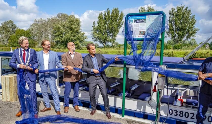 Het Bernisse gebied kan vanuit de nieuwe fluisterboot worden ontdekt. Foto: Foto-OK.nl