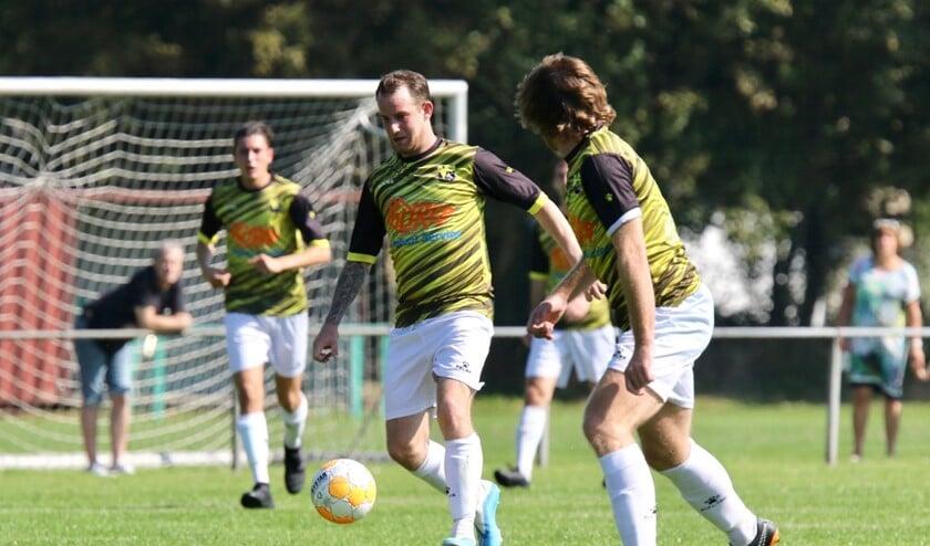 Jordy Braber de architect, die FC Vlotbrug tegen Goudswaardse Boys naar de overwinning loodste. Archieffoto Theo van Kralingen.