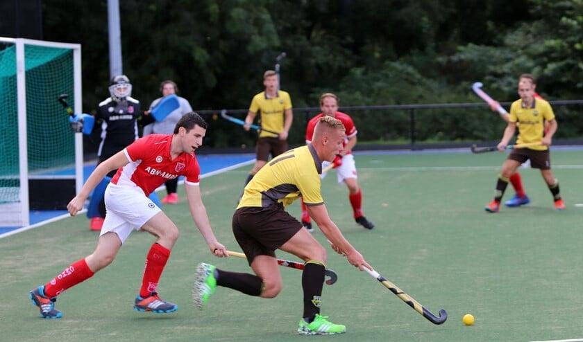 De mannen van HV Spijkenisse wisten zondag hun duel met Culemborg te winnen met 6-1. Fotografie: Peter de Jong